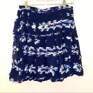 Old navy M navy hawaiian fit flare skirt stretch